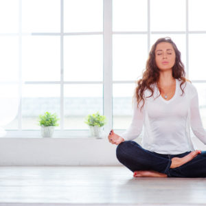 beautiful-women-meditating